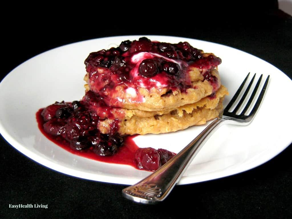 Oatmeal and Greek Yogurt Pancakes with Berry Crush