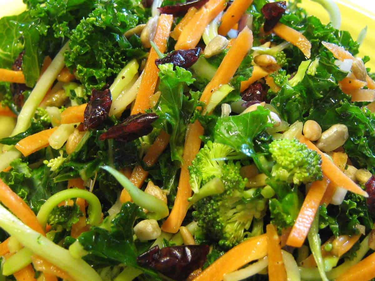 Kale Power Salad | EasyHealth Living