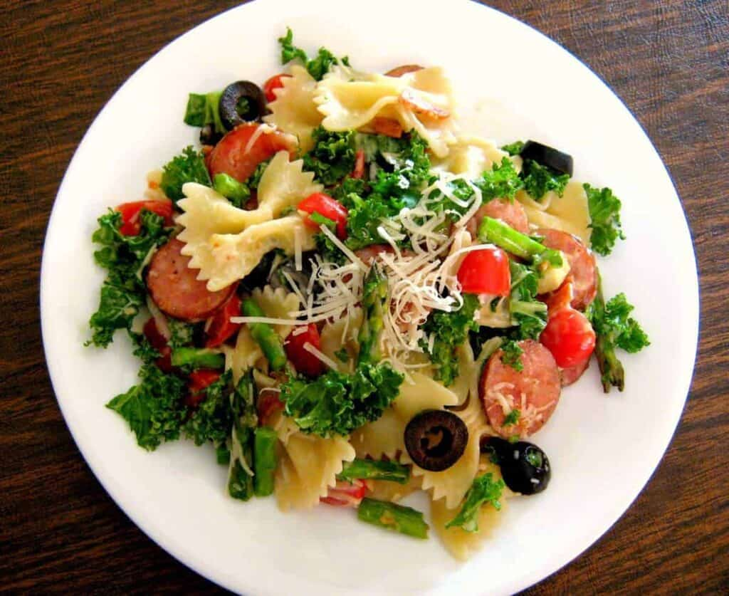 Turkey and Kale Pasta Salad