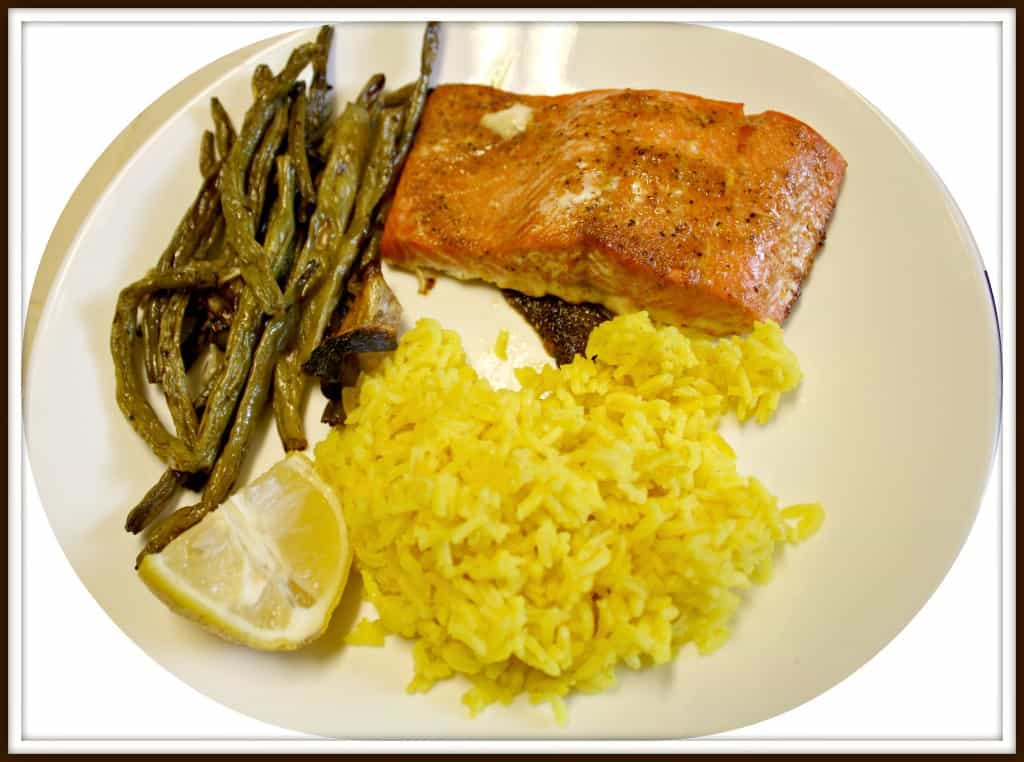 roasted salmon, 1/2 cup roasted green beans & onions, 1/2 cup rice