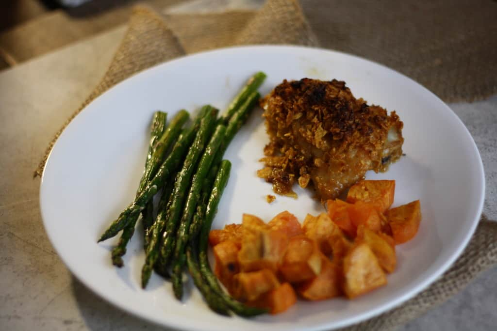 What does 20gm carb look like? Cornflake crusted chicken- 5 gm carb, 1/2 cup roasted sweet potatoes-15gm carb, roasted asparagus- 0gm carb