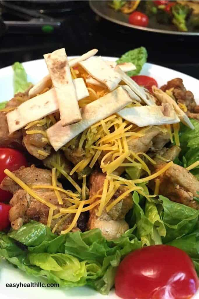 Chicken Fajita Salad- a lower carb way to enjoy a Mexican food favorite!
