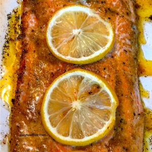 roasted salmon with lemon slices